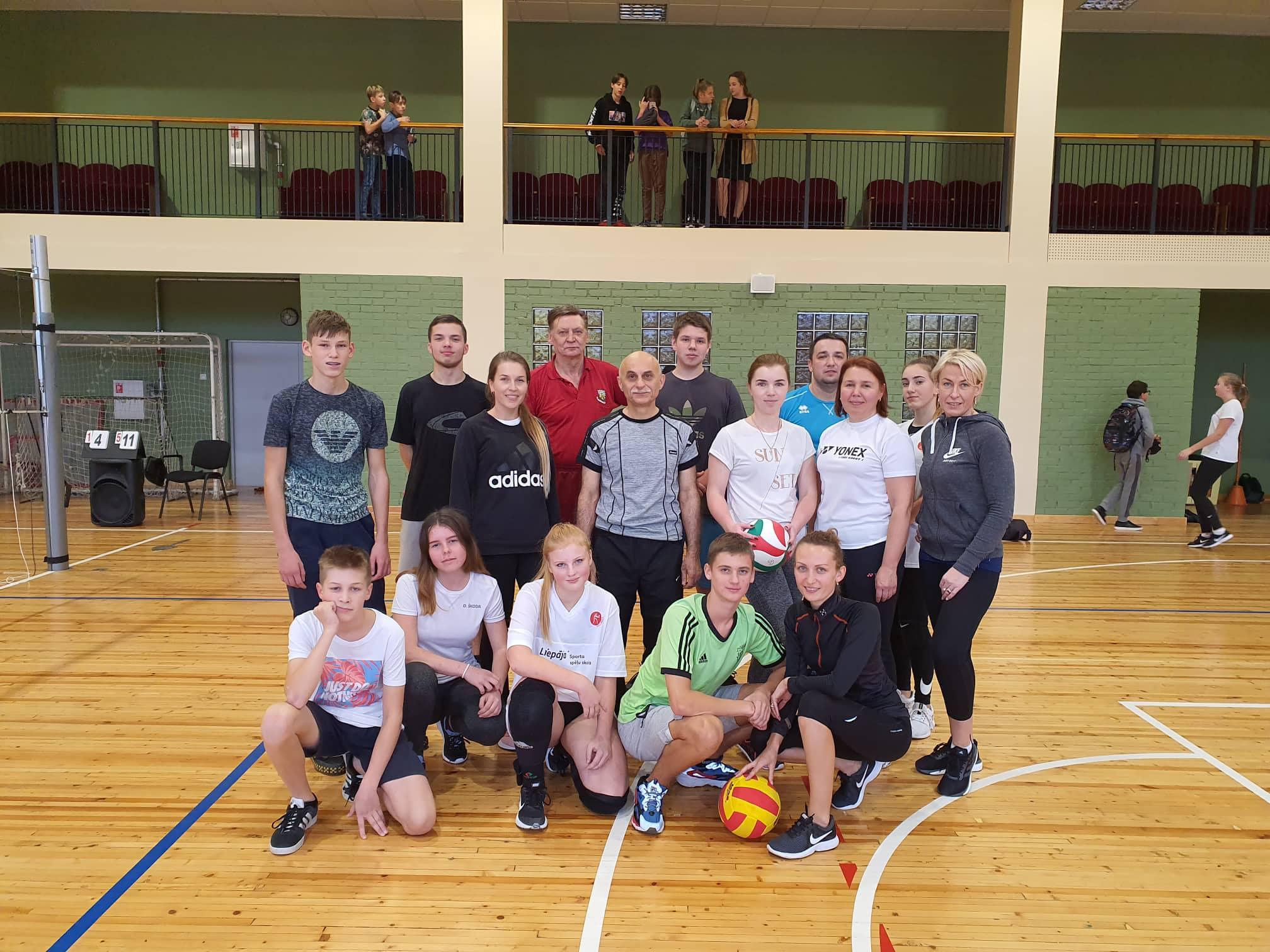 Latvijas Valsts svētkus Liepājas Liedaga vidusskola gaida sportiskā garā