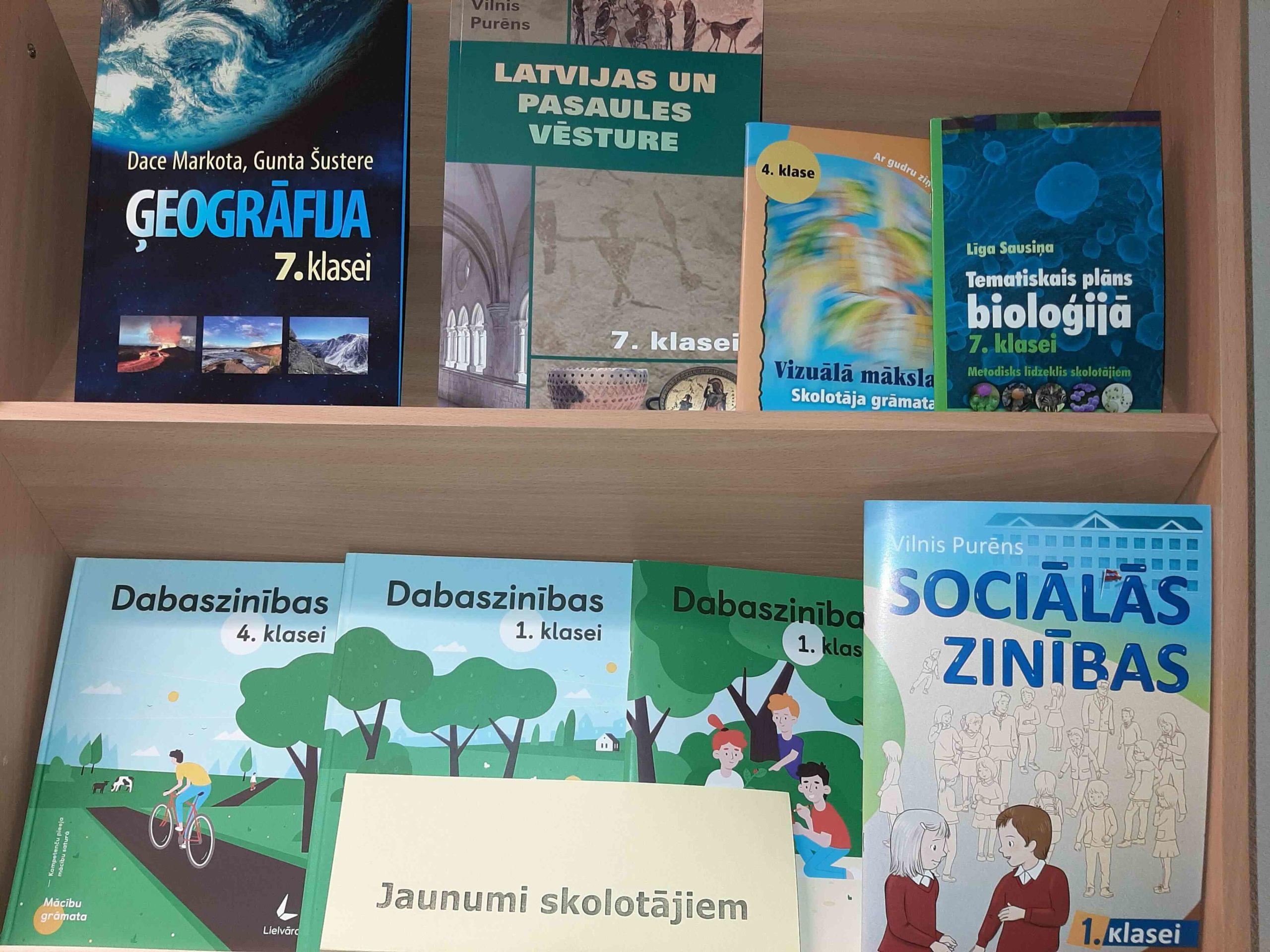 Grāmatu jaunumi skolotājiem bibliotēkā janvārī